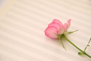 五線紙の上の花